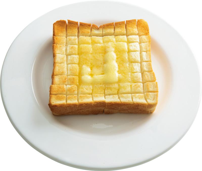 画像: 4枚切り食パンで あみあみバタートースト