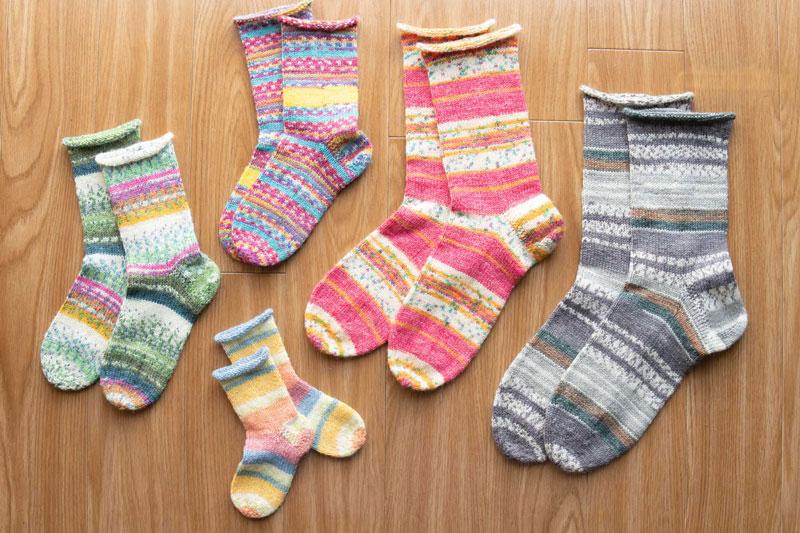 画像: マルティナさんの代名詞「平和の靴下」