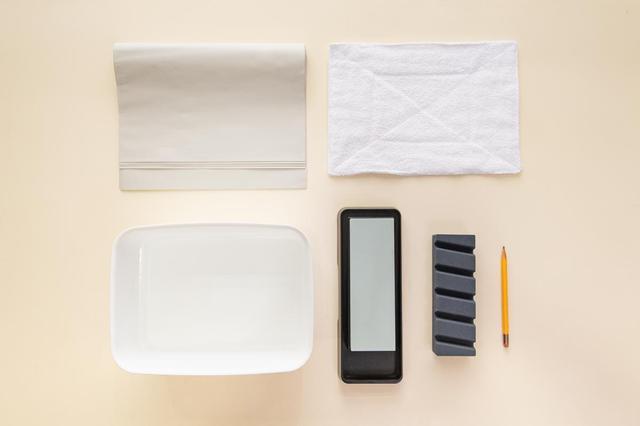 画像: 研ぎ台がなければ、ぬれ雑巾で代用できる