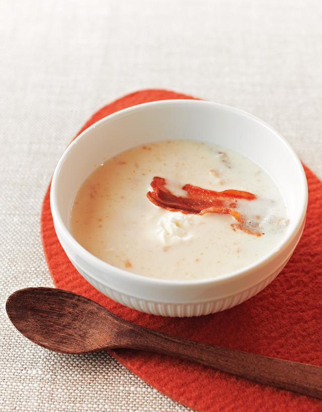 画像: 干し豚を使って 白いんげん豆と干し豚のスープ