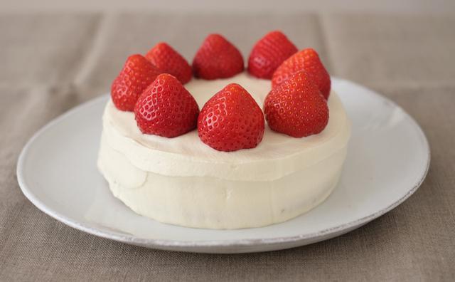 画像: いちごのショートケーキのつくり方