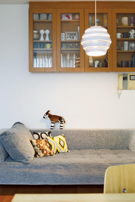 画像: 家族会議の末に購入を決めたアルヴァ・アアルトの照明は、存在感たっぷり