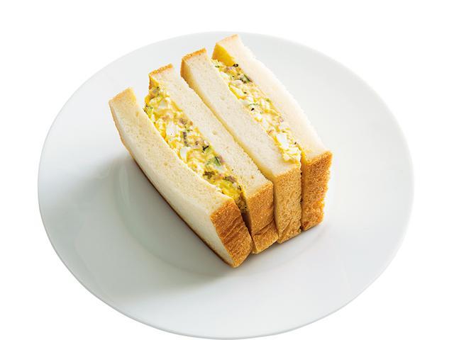 画像: 8枚切り食パン2枚で しば漬けマヨの玉子サンド