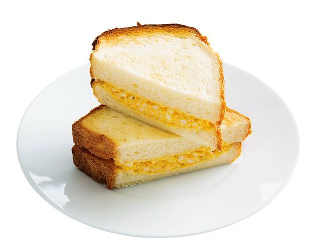 画像: イギリスパンで ヨーグルト玉子サンド