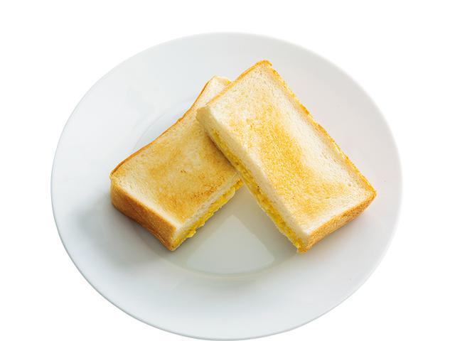 画像: 4枚切り食パンで ポケット玉子サンド