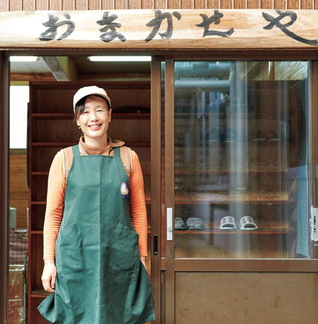 画像: この日、35人分の昼ごはんを、たったひとりで準備した基常由紀子さん。週3日、献立を担当する