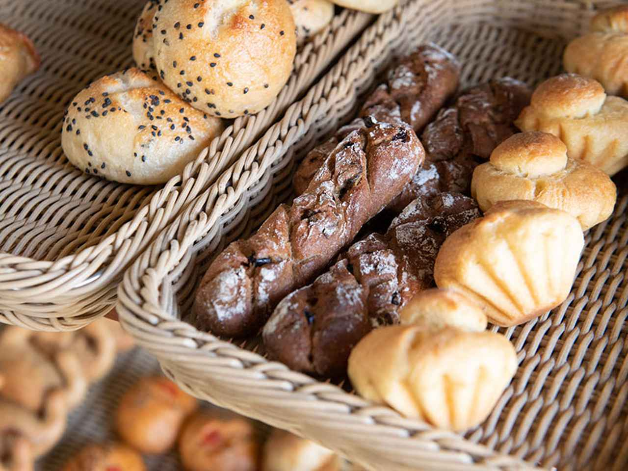 画像: マールツァイトのパンは子どもにも人気。「硬めのパンが多いのに、ちっちゃい子も意外とおいしさをわかってくれて」とうれしそう
