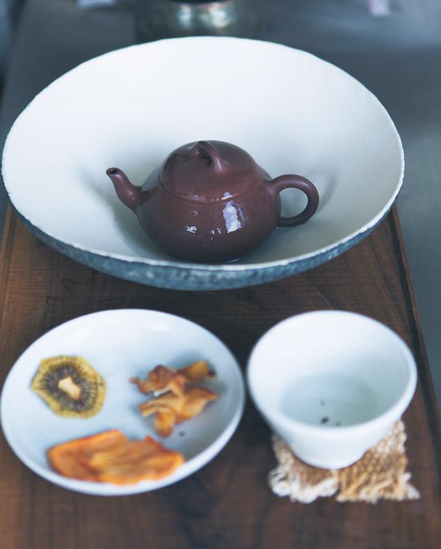 画像1: 9:10 自分用にお茶の準備