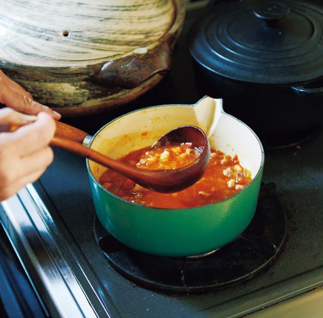 画像: 朝食に登場回数が多いスープ。「野菜も無理なくたっぷりとることができ、心と体がほっとします」。この日はミネストローネ