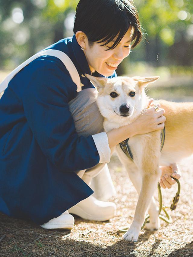 画像2: 片桐 仁さん、平澤まりこさん 保護犬と楽しむ暮らし