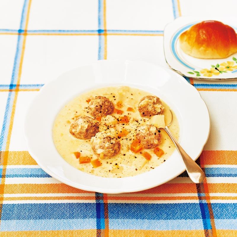 画像: 余計な手間はなるべく省く泰子さんだったけれど、「シチューのお皿は、必ず温める。それだけは厳しく仕込まれました」と、さわこさん。それだけで味は段違い