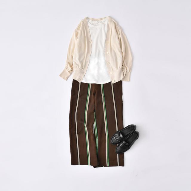 画像: パンツなどの面積の広いアイテムを柄物にすると、より華やかになります。