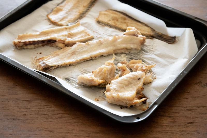 画像: 魚の下準備~焼く