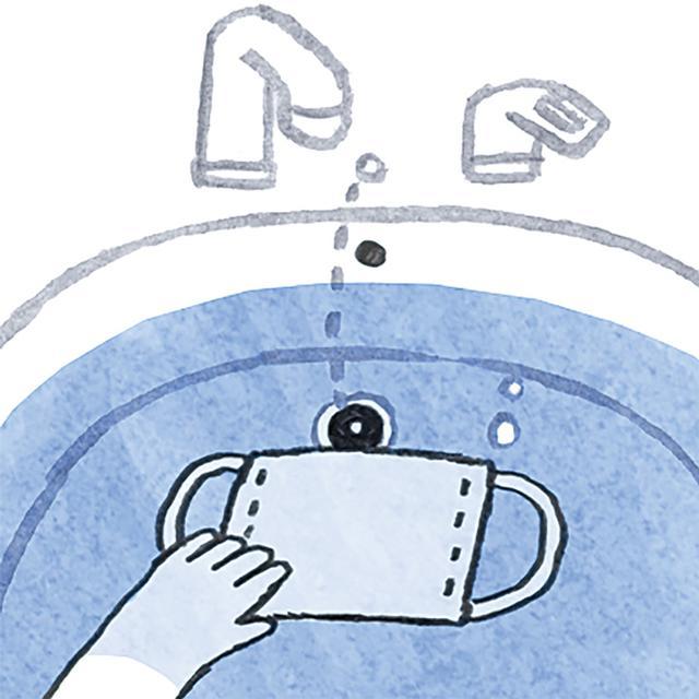 画像: 1 ぬるま湯にしっかり沈めて汚れを落とす