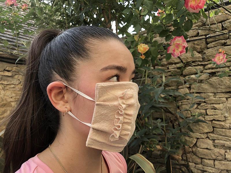 画像: 完成したマスクを着用するとこうなります