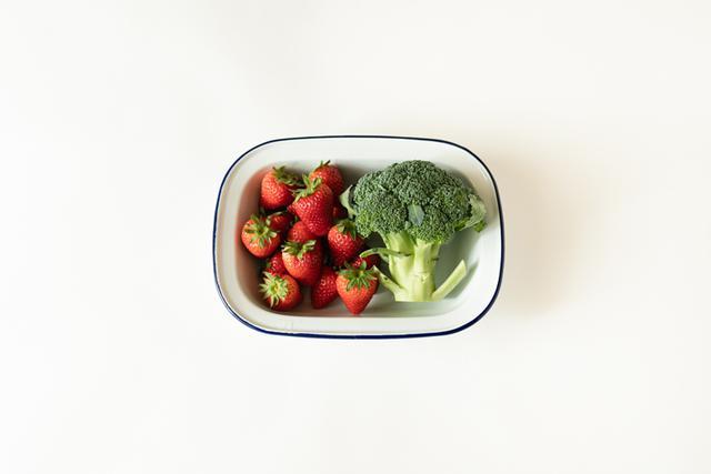 """画像: 肝と脾の血虚タイプ・大段さんの""""おまもり""""食材は「いちごとブロッコリー」でした。"""