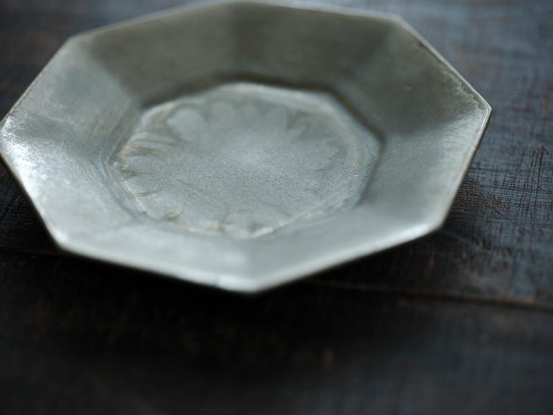 画像1: 平皿を使うなら、余白を生かして
