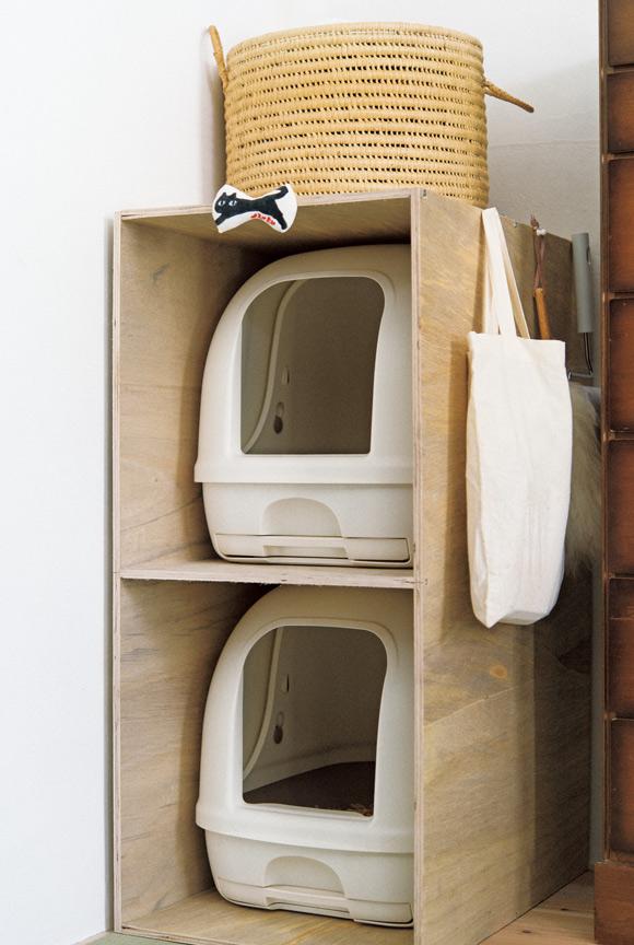 画像: 4 愛猫3匹のための手づくりの2段トイレ