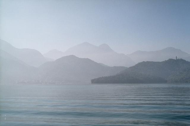 画像1: 水墨画のように美しい湖「日月潭(にちげつたん)」