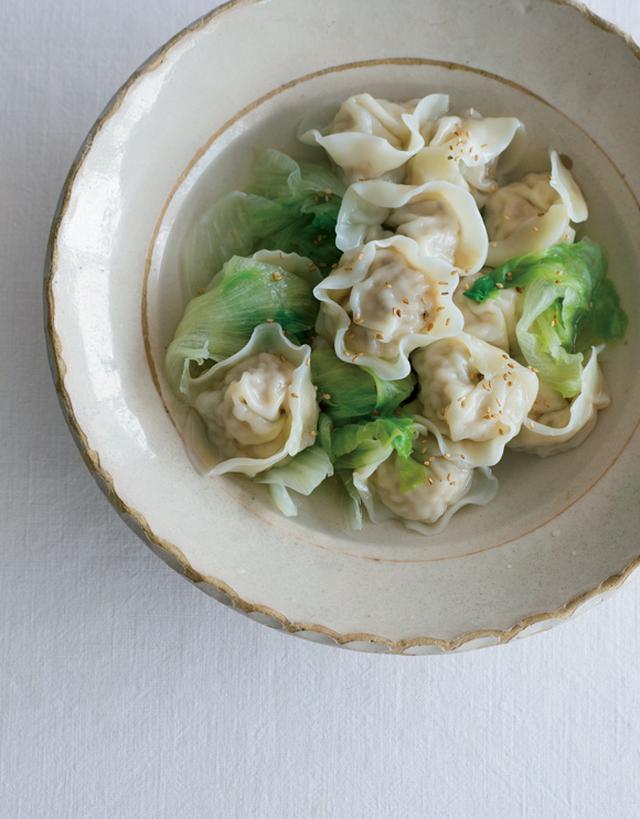 画像: 巻頭料理 渡辺有子さん 心を込めて、いつもの家庭料理