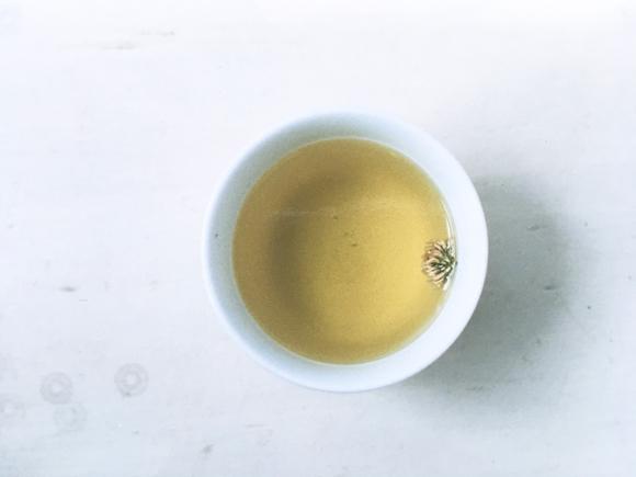 画像: ◇ シロツメクサの花茶のつくり方