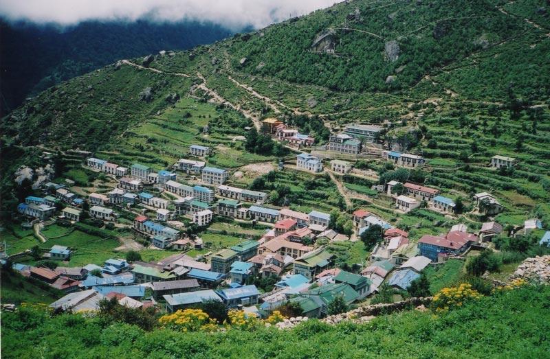 画像1: 村暮らし、まちあるき。 第17回 ネパール2004、旅の記憶をたどって|玉木美企子