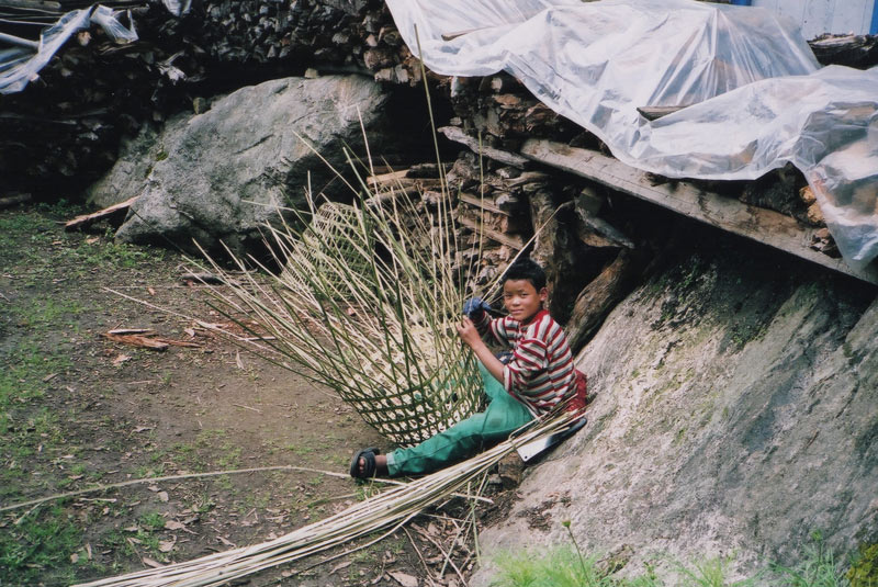 画像4: 村暮らし、まちあるき。 第17回 ネパール2004、旅の記憶をたどって|玉木美企子