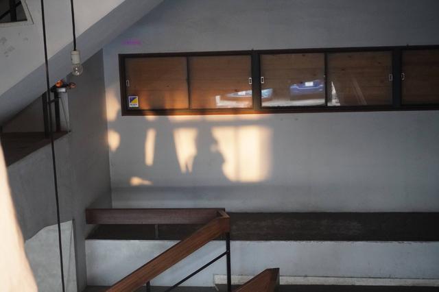 画像: 「NAOT AICHI」が入るビルの階段室