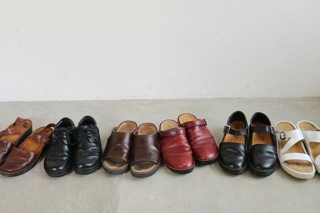 画像: 履きこまれたNAOTの靴