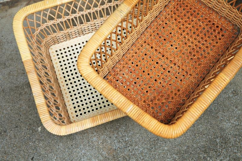 画像: 下は新品、上は数十年も使われてきたもの。歳月を経て濃い飴色に変化していくのも使う楽しみ。柔らかい布で乾ぶきすればつやが出る