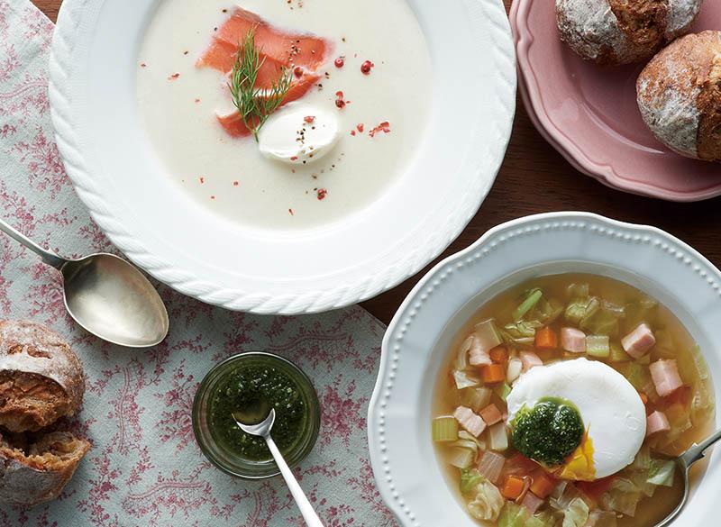 画像: 温かいスープ2種