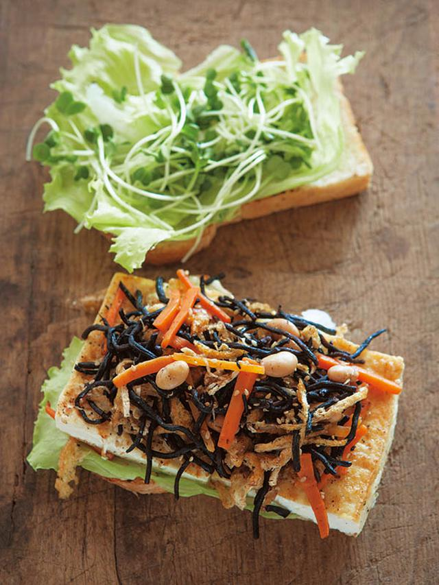 画像: グラハム入りイギリスパンでつくった「豆腐ステーキとひじきの炒めサラダのサンドイッチ」