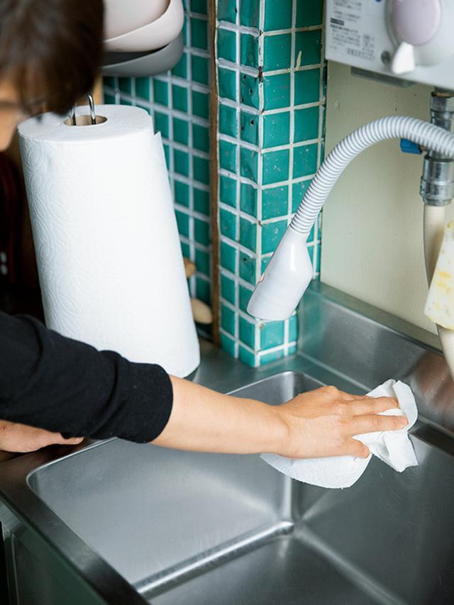 画像3: 洗ったシンクは2段階でふきとりを