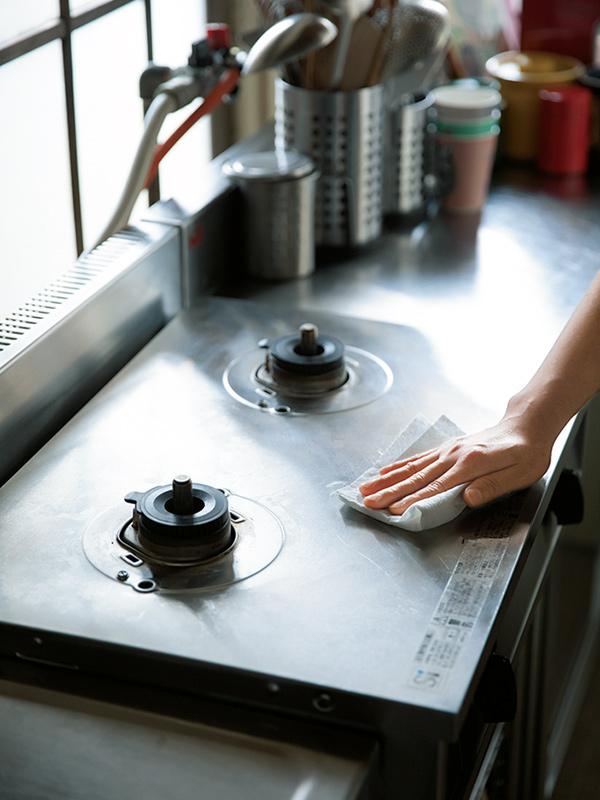 画像2: 五徳は毎回必ずきれいに洗う