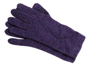 画像: 指先が冷えると、実際以上に寒く感じる。冬に欠かせない、ニットの手袋