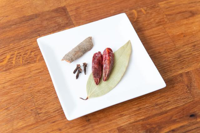 画像1: マバニ・マサコの本格スパイス料理|バターチキン(チキンマカニ)