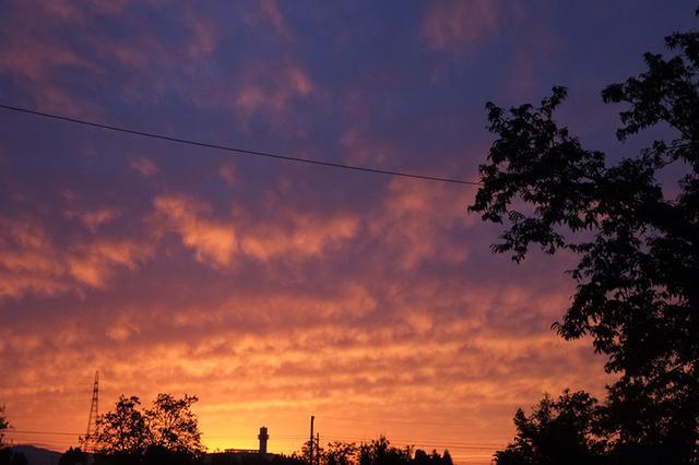 画像: ある秋の日の美しい夕焼け
