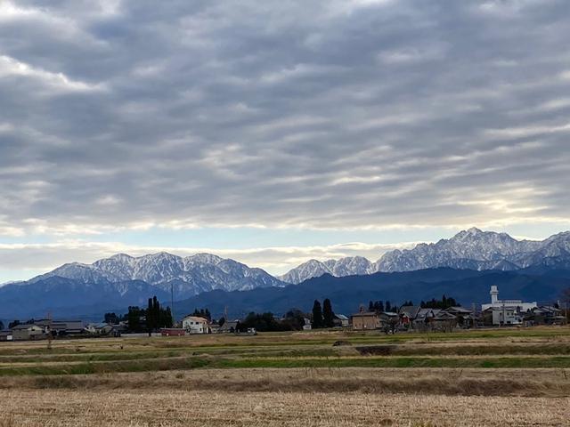 画像: 日に日に山は雪化粧