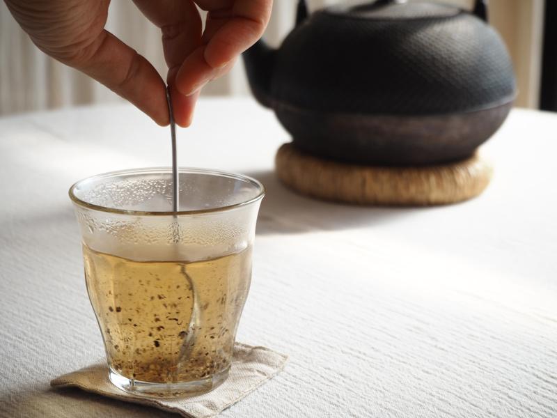 画像: お湯を入れてかき混ぜると、コショウの香りがすうっと漂ってきます