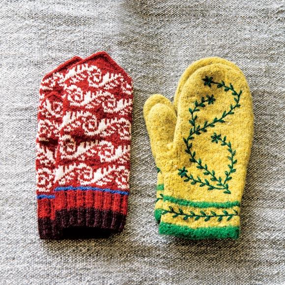 画像1: スウェーデン(右)とラトビア(左)のミトン
