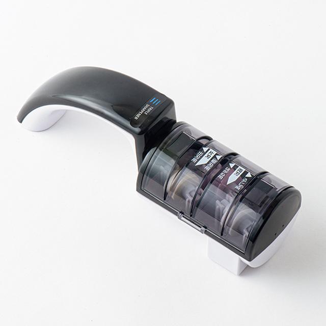 画像: 両刃のステンレス・鋼と片刃の和包丁を水研ぎ可能