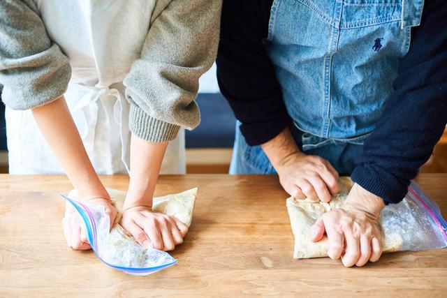 画像: 毎年夫婦でみそを仕込みます