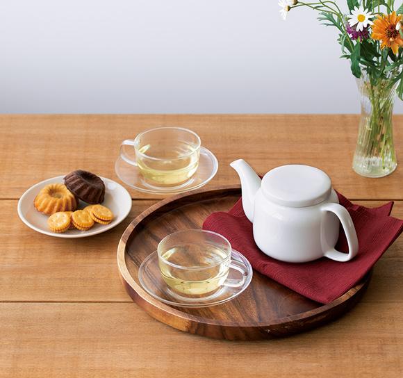 画像: 器、家具、お茶、お菓子など。多岐にわたる無印良品の品々は、シンプルで機能的。生活のあらゆるシーンに自然と溶け込み、心地よい時間をつくってくれる