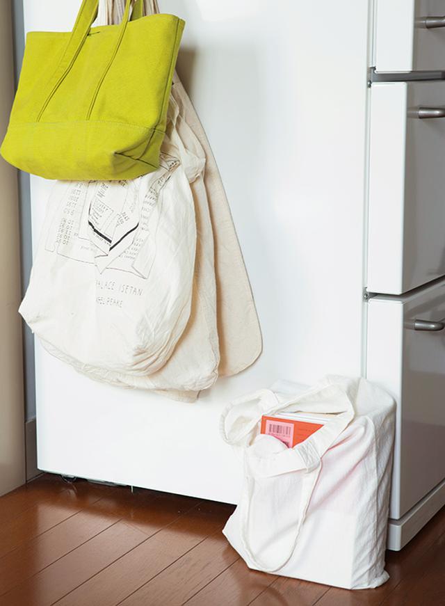 """画像: エコバッグを利用した """"ブックオフ袋"""""""