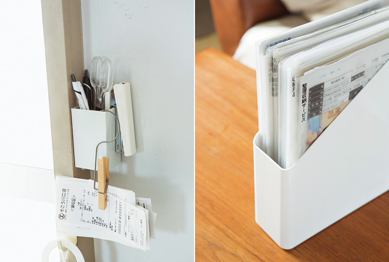 画像: 左)レシートは、とりあえずクリッピング。たまったら家計簿に入力。右)見やすい位置にラベリングをした書類