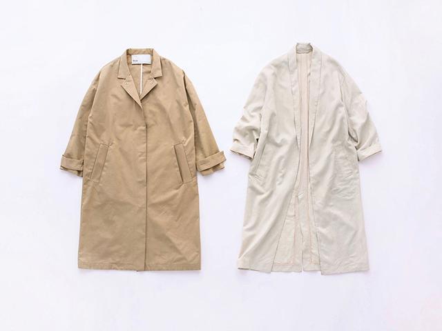 画像: 左)3~4月:しっかり素材のステンカラーコート/スタイリスト私物 右)4~5月:軽い素材のガウンコート/スタイリスト私物