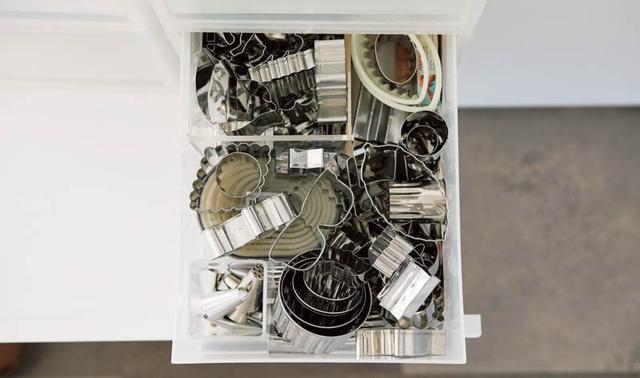 画像: Check 4 引き出しにぎっしり入った道具。出し入れがパズルのように複雑