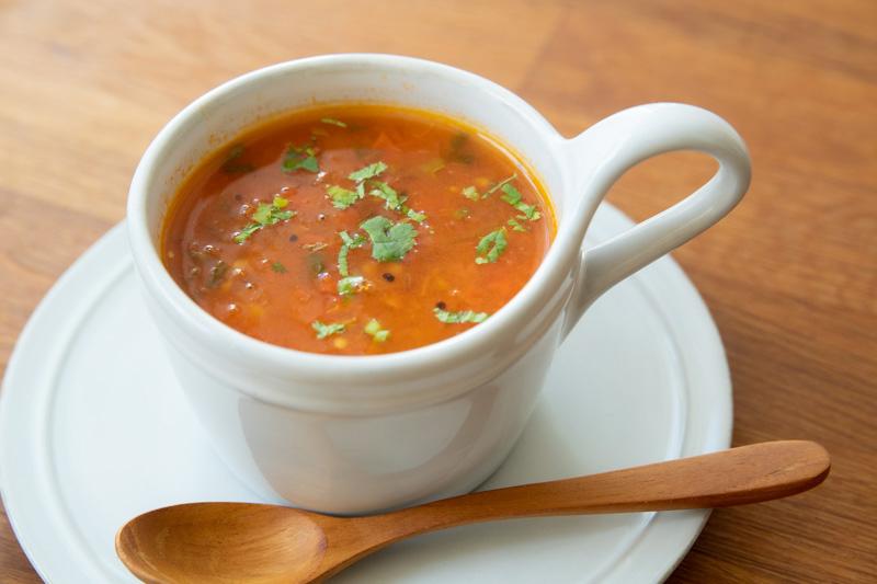 画像: マバニ家のトマトスープのつくり方