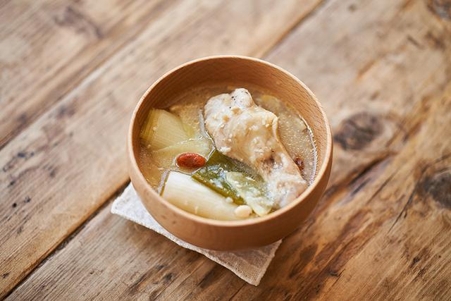 画像: おろし長芋の参鶏湯風みそ汁のつくり方