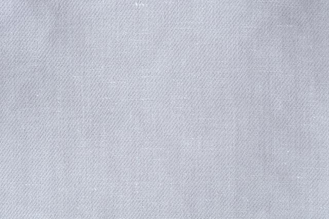 画像: リトアニア製の上質なリネンを採用
